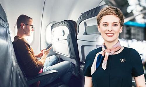 Nhiều nam hành khách thường chọn chỗ ngồi cạnh cửa thoát hiểm. Đây là vị trí họ hay được ngồi cạnh tiếp viên hàng không trên chuyến bay nhất, và vị trí để chân rộng rãi. Ảnh: Daily Express.