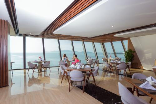 Ưu đãi nghỉ dưỡng tại khách sạn 5 sao ở Nha Trang - 2