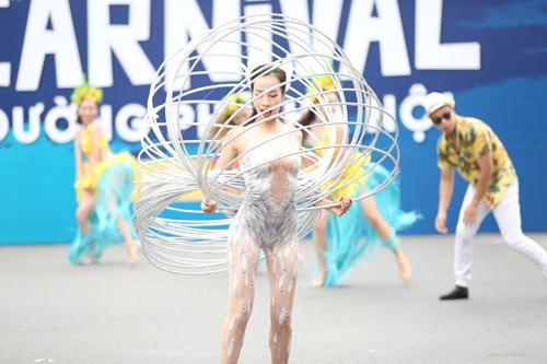 Những khoảnh khắc đẹp trong Carnival đường phố Hà Nội - ảnh 9