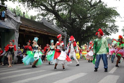 Những khoảnh khắc đẹp trong Carnival đường phố Hà Nội - ảnh 10
