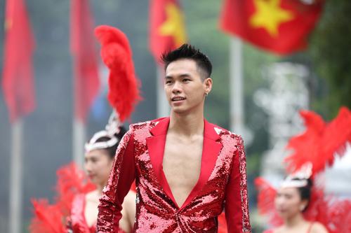 Những khoảnh khắc đẹp trong Carnival đường phố Hà Nội - ảnh 6