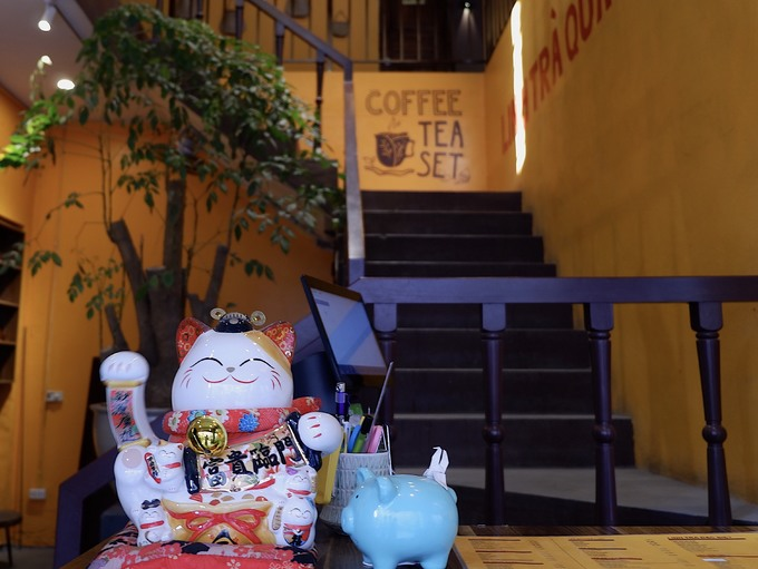 Quán trà đắt khách sau khi lên phim 'Về nhà đi con'