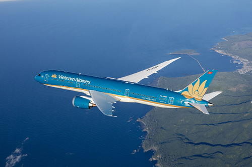 Bên cạnh việc bán ra nhiều vé khuyến mãi, từ tháng 8, Vietnam Airlines có những thay đổi về số kiện và trọng lượng hành lý với từng hạng vé từ phổ thông đến thương gia. Ảnh: Vietnam Airlines.
