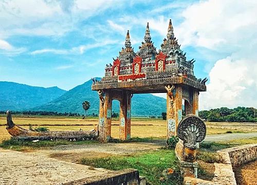 Cổng trời ở An GiangẢnh: Nguyễn Ngọc Bảo.