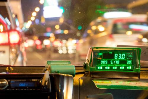 Xe taxi là phương tiện phổ biến của khách du lịch khi đến một thành phố khác. Ảnh: MSN.