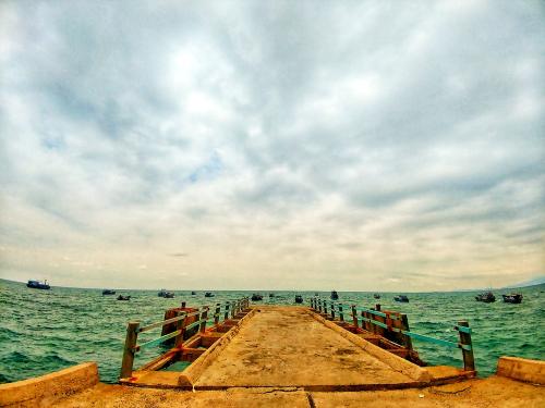 Phan Rang - Tháp Chàm kết nối thuận tiện tới 53 địa danh nổi tiếng khác của Ninh Thuận như Đầm Nại, đồng cừu An Hòa, vườn quốc gia Phước Bình, đồng nho Thái An, Cà Ná... Ảnh: Thịnh Vũ.