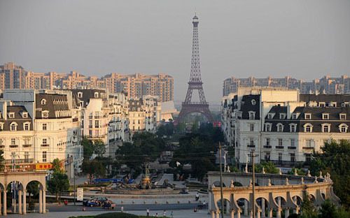 Thành phố Paris nhái giữa lòng Trung Quốc - ảnh 2