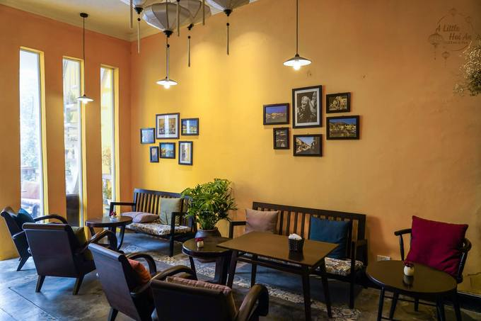 Quán cà phê mang phong cách Hội An giữa lòng Hà Nội