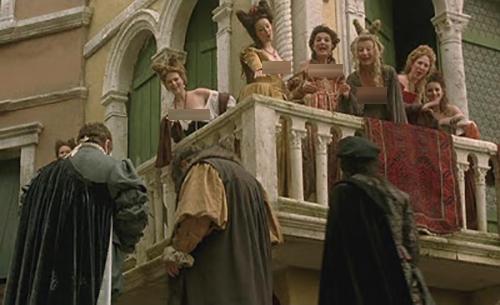 Nơi phụ nữ từng đứng khoe vòng một ở Venice - ảnh 2