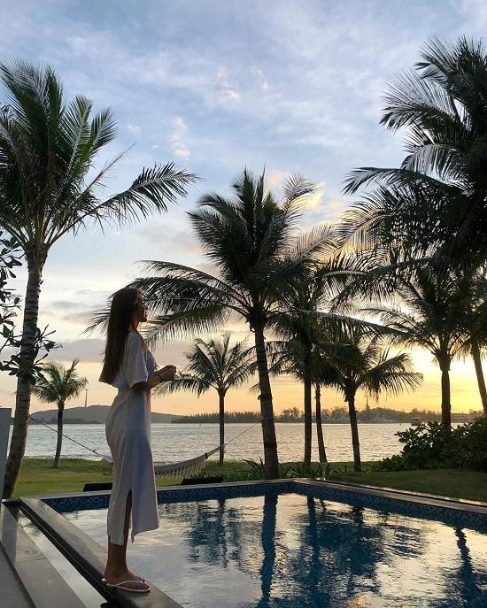 Hot girl Hàn nghỉ dưỡng ở Phú Quốc