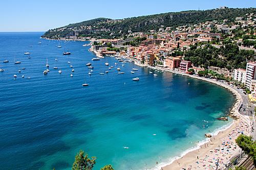 Nice làthành phố biển xinh đẹp nằm ở phía Nam của Pháp. Ảnh: The Culture Trip.