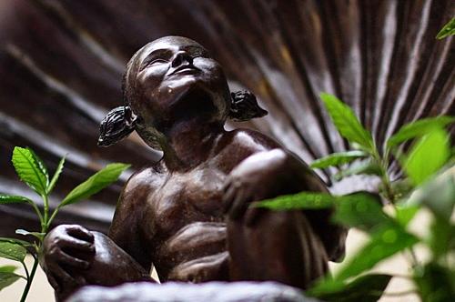 Ba bức tượng biết tè - ảnh 5