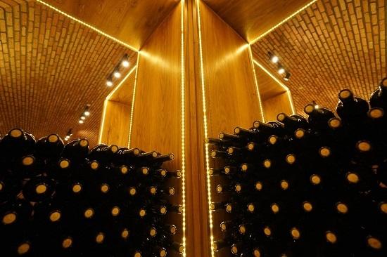 Hầm rượu vang lớn nhất Việt Nam - ảnh 2