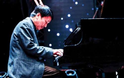 Phú Quang tổ chức đêm nhạc trên du thuyền Scarlet Pearl - ảnh 3