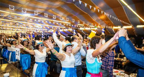 Năm 2018, lễ hội đón hơn 8.000 thực khách ghé thăm. Năm nay, GBA Oktoberfest kỳ vọng sẽ đón 9.000 lượt khách trong 6 đêm tại hai thành phố.
