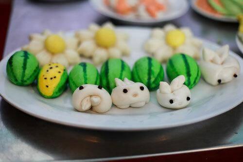Nhiều món ăn truyền thống được sáng tạo, biến tấu cho hấp dẫn hơn với thực khách.