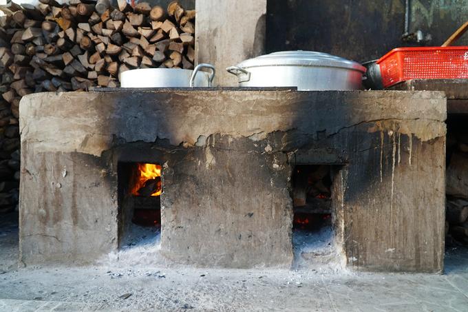 Quán bánh canh tự làm sợi hơn 30 năm ở Tri Tôn