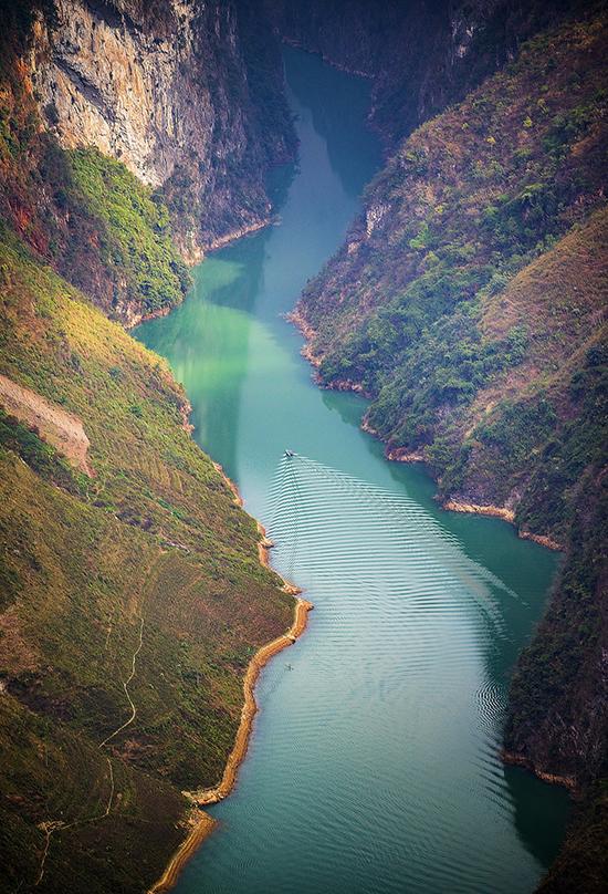 Vẻ đẹp đèo Mã Pì Lèng bên sông Nho Quế