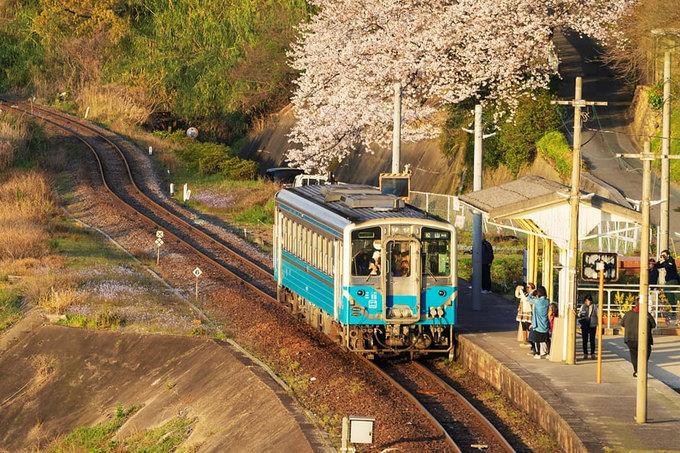 Nhà ga được mệnh danh 'cô độc nhất' Nhật Bản