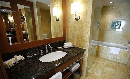Vì sao nhiều khách sạn không có bàn chải đánh răng?