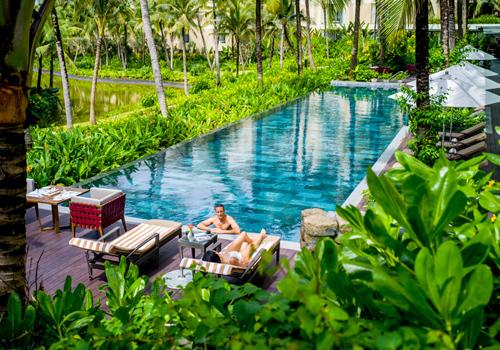 Resort phục vụ kiểu đo ni đóng giày cho du khách - ảnh 3