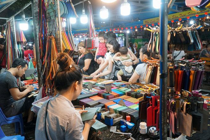 Chợ đêm đông khách nhất Phú Quốc  - Cho-dem-Phu-Quoc-Vnexpress11-1571648021_680x0 - Chợ đêm đông khách nhất Phú Quốc