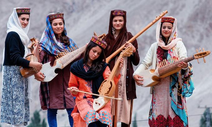 Bộ lạc sống thọ và có nhiều phụ nữ đẹp nhất thế giới