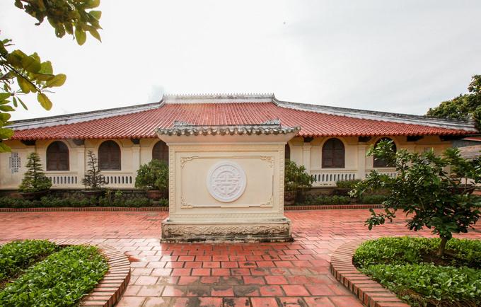 Nhà cổ kiến trúc Huế đặc biệt ở miền Tây