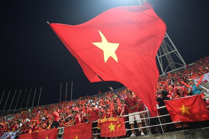 Ba sân bóng tuyển Việt Nam từng thi đấu với Thái Lan