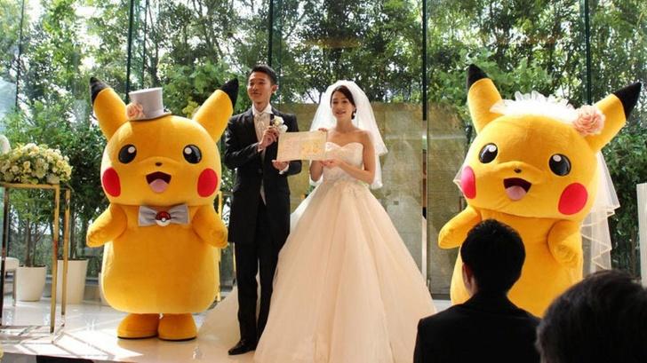 Một đám cưới với sự tham gia của chú Pikachu. Ảnh: Brightside.