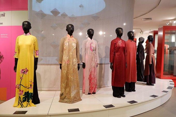 Bảo tàng trưng bày áo dài Việt Nam qua các thời kỳ