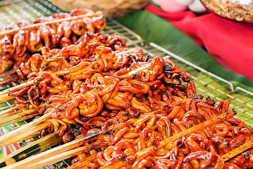 7 món ăn vặt lạ của nước chủ nhà SEA Games 30 - ảnh 5