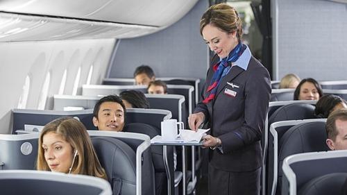 Nụ cười và lời chào của hành khách luôn là điều khiến tiếp viên hàng không cảm thấy vui vẻ. Ảnh: Traveller