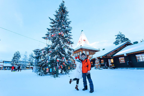 Bố mẹ Việt đưa con đi Lapland gặp ông già Noel - page 2 - 4