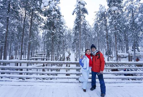 Bố mẹ Việt đưa con đi Lapland gặp ông già Noel - page 2 - 5