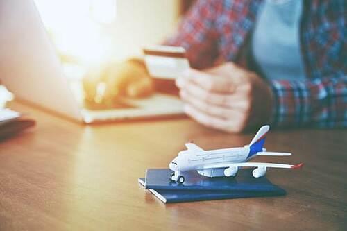 Ba lưu ý khi đặt vé máy bay online dịp Tết - ảnh 1