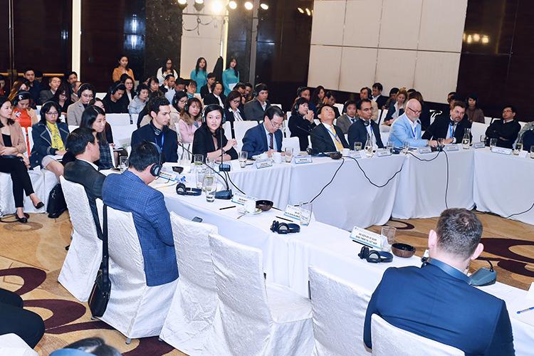 Slogan của Việt Nam hiện được một số chuyên gia đánh giá là chưa thể hiện được các ưu điểm đặc biệt của du lịch. Ảnh: Tuấn Cao.