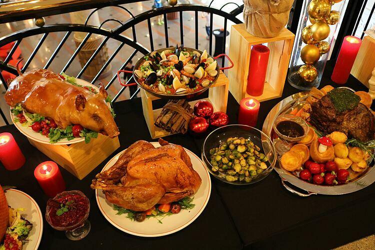 5 bữa tiệc cho du khách lựa chọn trong tháng 12 - ảnh 2