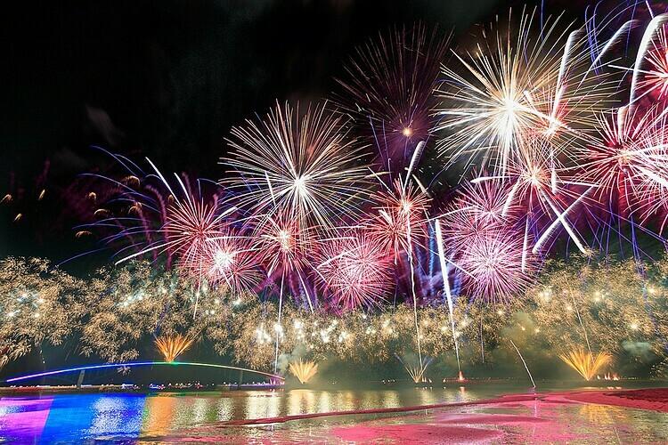 Lễ hội pháo hoa được tổ chức tại công viên Guanyin. Ảnh: Mark Kao/Flickr.