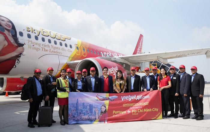 Hành khách trên chuyến bay VZ970 thẳng TP HCM - Pattaya ngày 23/12.