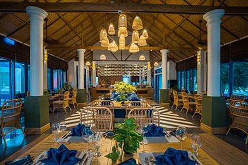 Le Bateau mang thiết kế của một con tàu - là nhà hàng chính của LAzure  - aa-1577957384-1808-1577957579 - L'Azure Resort and Spa khai trương tại Phú Quốc