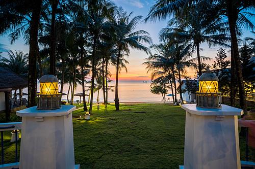 Sự thơ mộng và bình yên của hoàng hôn tại L'azure Resort and Spa.  - nhl06951-hdr-1577957321-2657-1577957580 - L'Azure Resort and Spa khai trương tại Phú Quốc