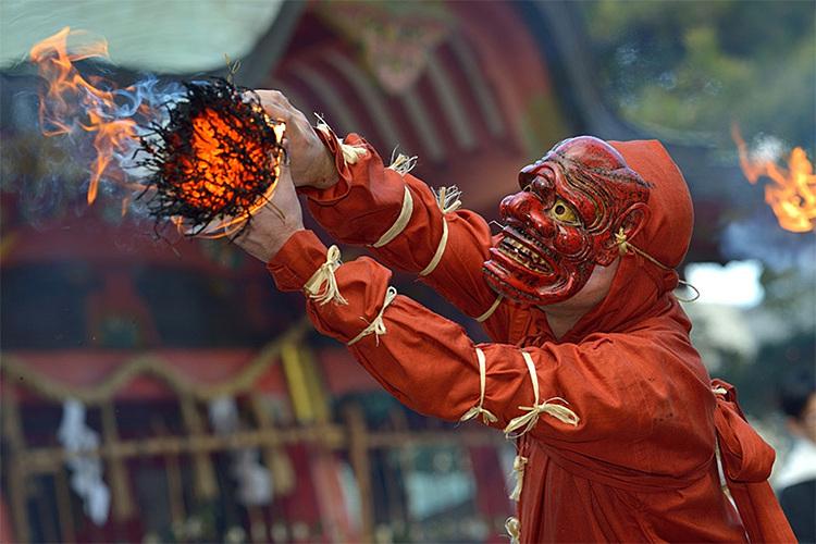 Setsubun còn được gọi là lễ hội ném đậu. Ảnh: Japan Up Close.