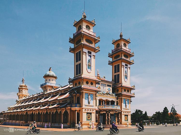 Tòa Thánh Cao Đàilà công trình kiến trúc nổi tiếng Tây Ninh. Ảnh: Tâm Linh
