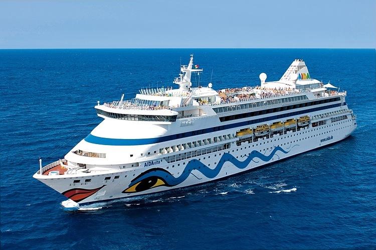 Quảng Ninh không cho du thuyền hơn 1.100 khách cập cảng - ảnh 1