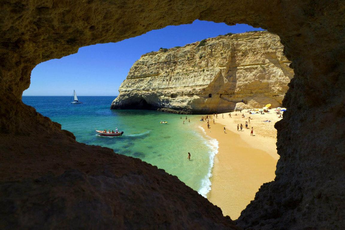 Bãi biển bí mật ở Bồ Đào Nha - Du Lịch