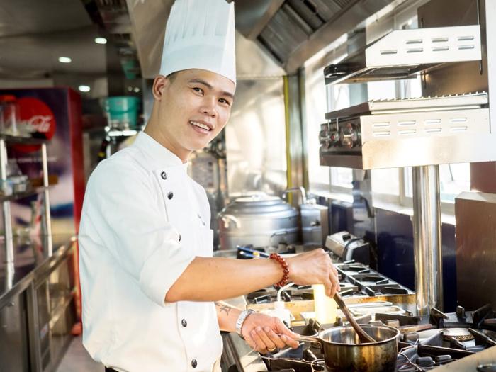 Đầu bếp Việt từng nấu ăn cho Yan Can Cook - ảnh 1