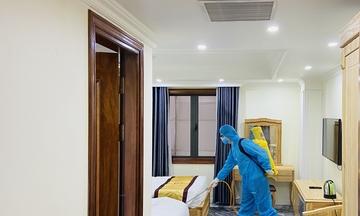 Bên trong khách sạn làm cơ sở cách ly ở Hạ Long, Đà Nẵng - Ảnh 3.