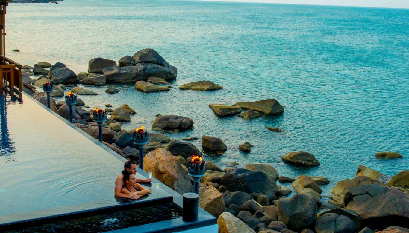 2 Bedroom Royal Residence by t 7305 9664 1585197606 - 6 resort của Việt Nam lên báo Anh