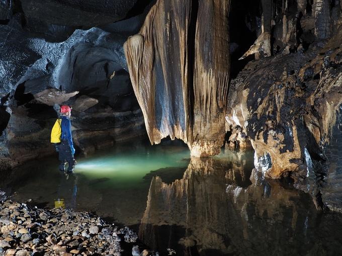 12 hang động mới được phát hiện